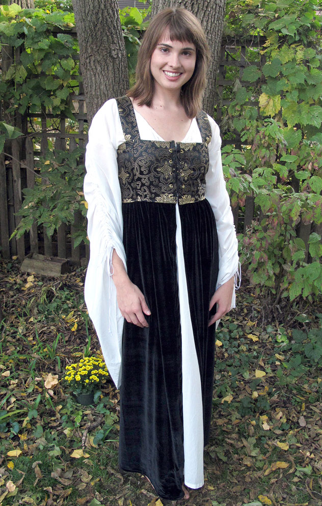 Womens renaissance outfits four winds clothing womens renaissance outfits solutioingenieria Choice Image